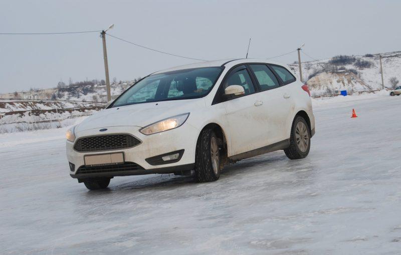 Зимний техминимум по экстремальному вождению