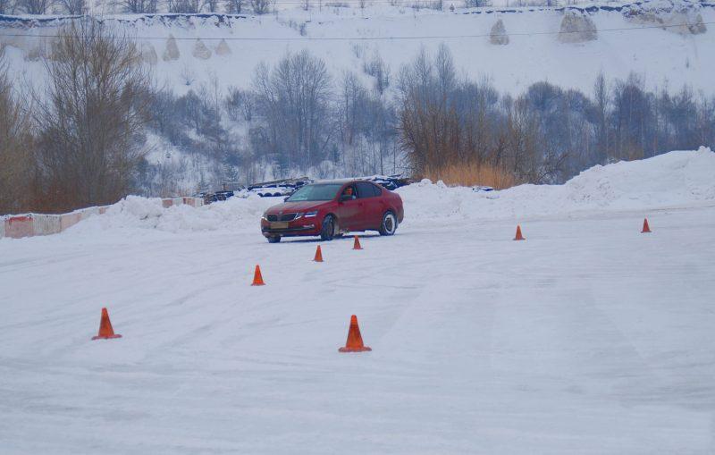 Зимний курс экстремального вождения